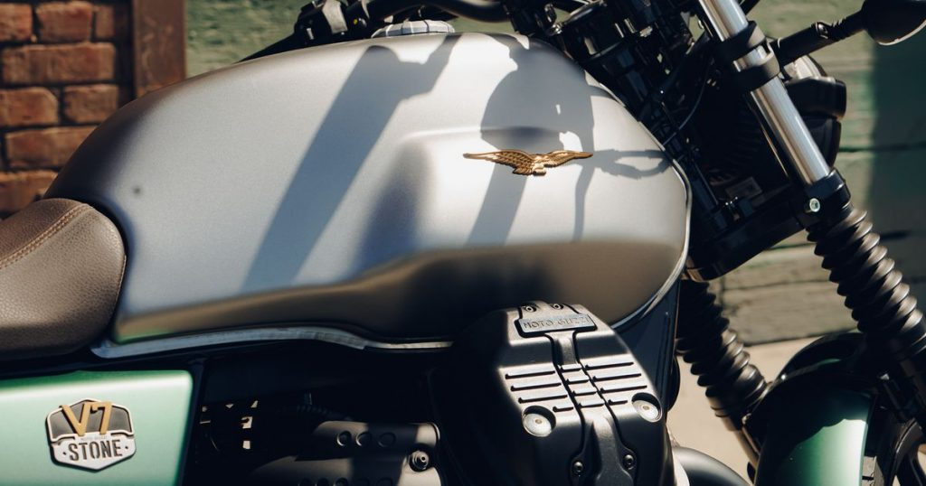 2021 Moto Guzzi V7 Stone Centenario review: This goose is no turkey