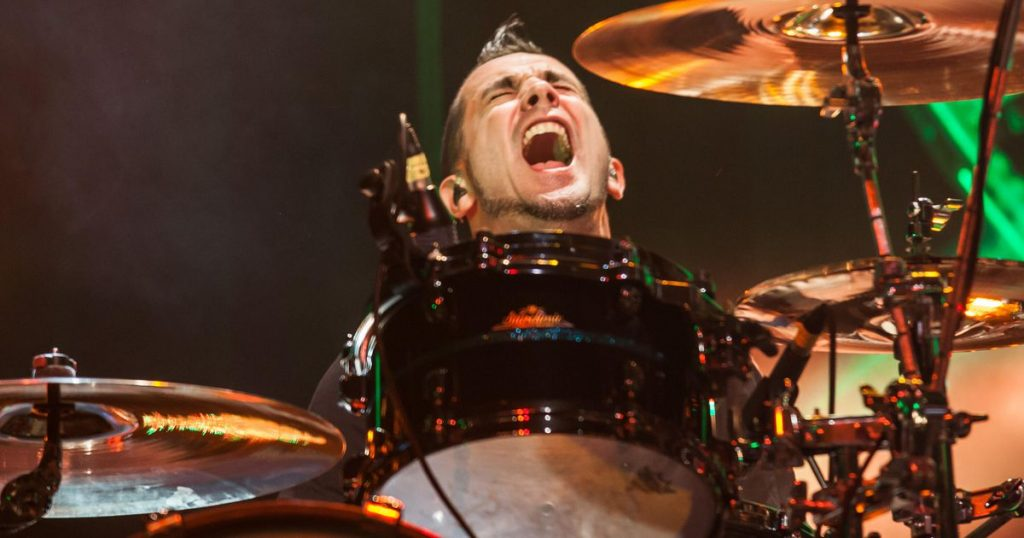 Offspring drops drummer Pete Parada for not getting vaccinated